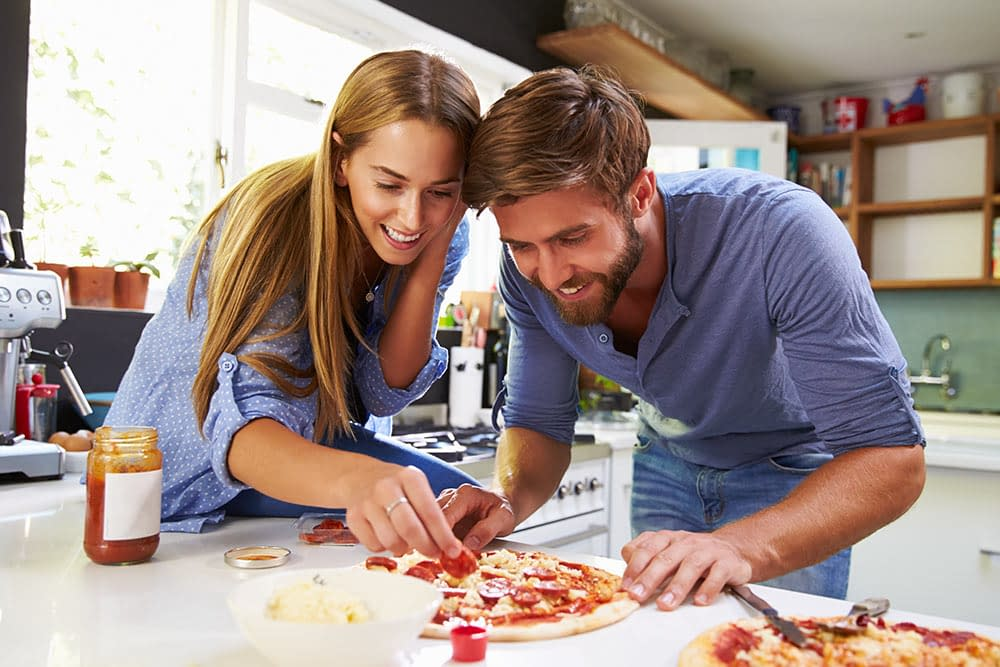 Couple at Online Pizza Making Masterclass